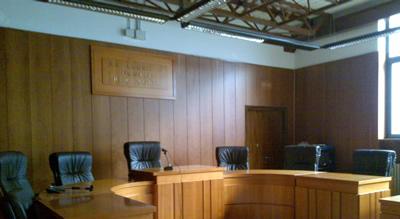 TribunaleLarinoAula