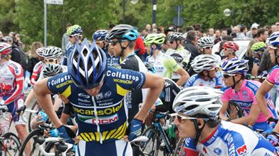 La partenza da Termoli della decima Tappa del Giro d'Italia